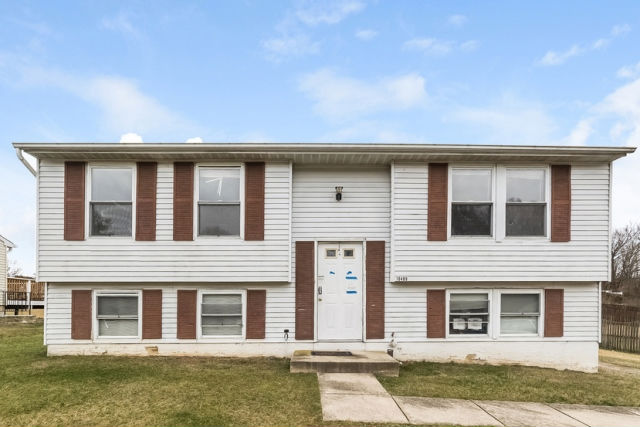 10409 Forestgrove Ln, Bowie, MD 20721