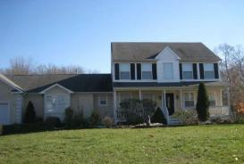 3 River Edge Dr Jackson, NJ 08527