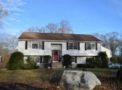 64 Woodlawn Rd Randolph, MA 02368