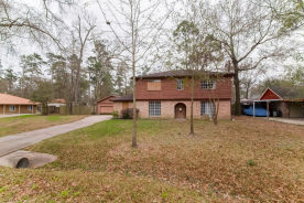 222 Woodway Ct Spring, TX 77386
