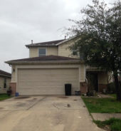 6718 Hawthorne Falls Ln Houston, TX 77049