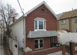 21 Sioux St Staten Island, NY 10305