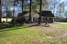 10667 Dees Ct Grand Bay, AL 36541