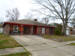 207 EAST QUEENS DRIVE Slidell, LA 70458