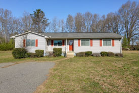 531 Bens Creek Rd Woodruff, SC 29388