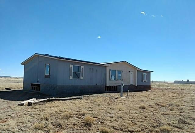 102 Sunset Rd, Moriarty, NM 87035