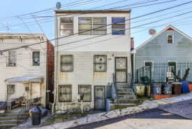 138 High St Yonkers, NY 10703