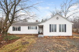 227 Lazy Ln Southington, CT 06489
