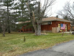 4382 Bay View Rd Hamburg, NY 14075