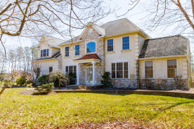 18 Preswyck Ln Ocean View, NJ 08230