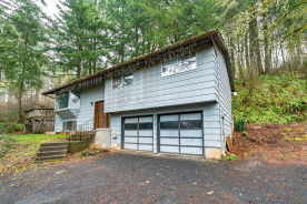 36714 Sw Laurelwood Roa Hillsboro, OR 97123