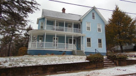44 Squier St Palmer, MA 01069