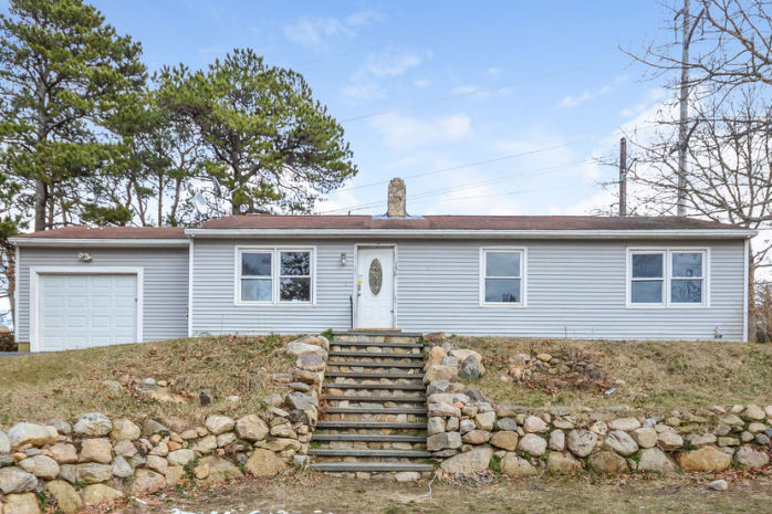 156 King Phillip Rd, Brewster, MA 02631