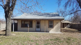 418 N Flora St Wichita, KS 67212