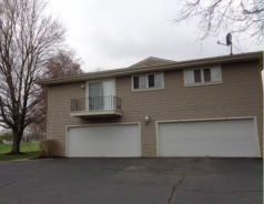 3826 Twin Pines Dr Apt C Uniontown, OH 44685