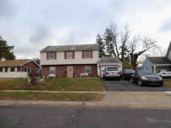 12 Stafford Ln Willingboro, NJ 08046