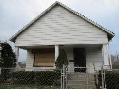 858 S Addison St Indianapolis, IN 46221