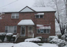 2127 W 10th St Chester, PA 19013