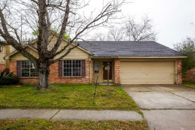3243 Bolton Gardens Dr Houston, TX 77066