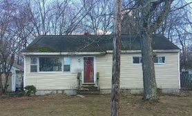 8 Howe St Rochester, NH 03867