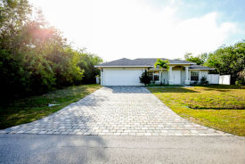 524 SW Undallo Rd Port Saint Lucie, FL 34953