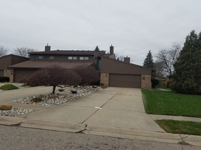 114 Riverview Blvd, Flushing, MI 48433