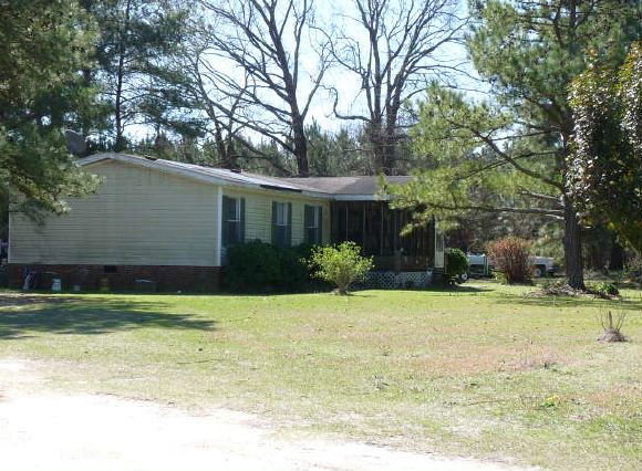 18907 Blakely Rd, Laurinburg, NC 28352