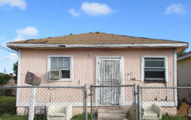 1541 NW 69th Ter Miami, FL 33147