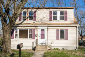 25 Pembroke Ln Coventry, RI 02816