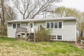 3 Bayview Ter New Fairfield, CT 06812