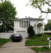 110 Spray St Massapequa, NY 11758