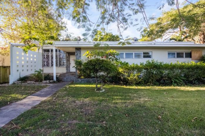 6330 Sw 44 St, Miami, FL 33155