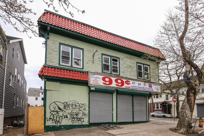 347 Lyons Ave, Newark, NJ 07112