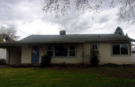 1028 Se Clarey Ave Grants Pass, OR 97526
