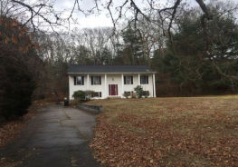 69 Sherwood Dr Westerly, RI 02891