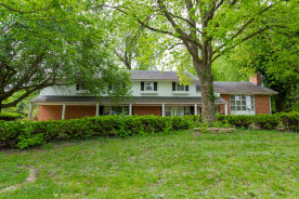 20 Autumn Ln Belleville, IL 62223