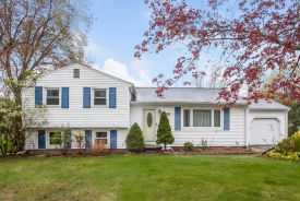 655 Boston Neck Rd Suffield, CT 06078