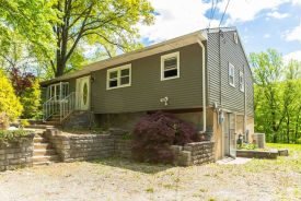 49 Woodland Dr Vernon, NJ 07462