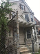 916 Hunterdon St Newark, NJ 07112