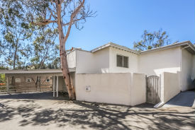 8383 Grand View Dr Los Angeles, CA 90046