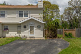 7 Trim St Bay Shore, NY 11706