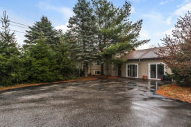 161 Marsh Rd Pelham, NH 03076