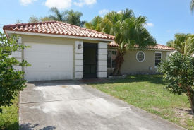 1582 SE Dome Cir Port Saint Lucie, FL 34952