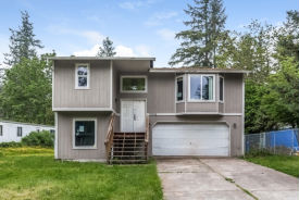 13026 225th Ave E Sumner, WA 98391