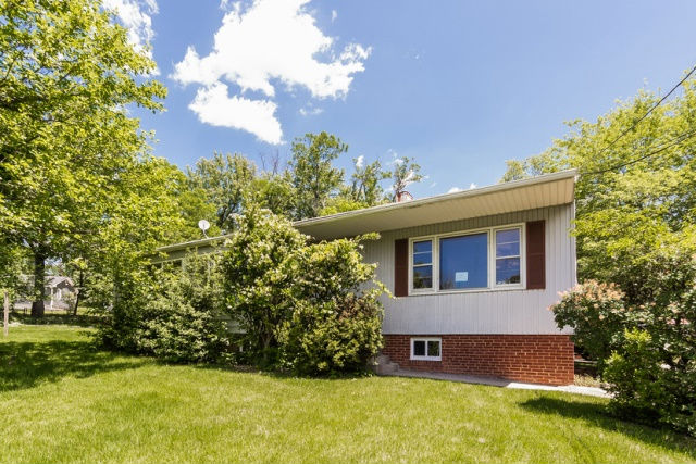 4418 Lakeview Dr, Temple Hills, MD 20748
