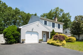 12 Constitution Dr Howell, NJ 07731