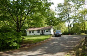 7 Woods Ave Londonderry, NH 03053