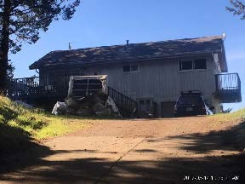 230 Olson Rd Whitethorn, CA 95589