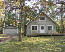 8428 White Tail Ln Stanwood, MI 49346