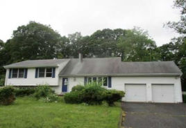 184 Riveredge Rd Tinton Falls, NJ 07724